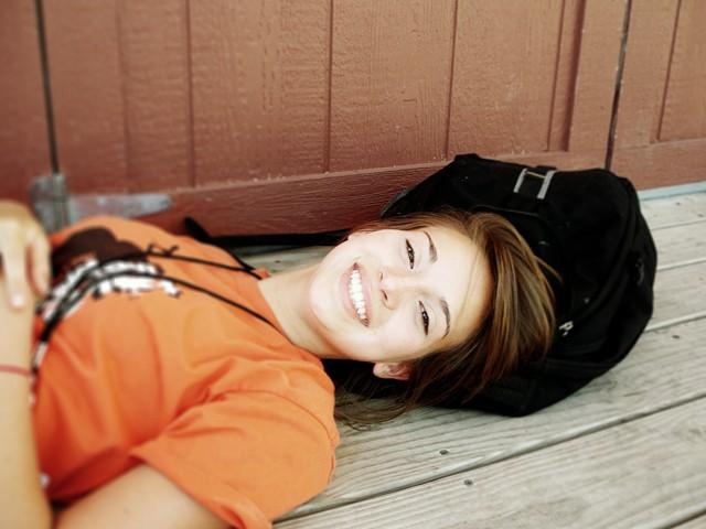 あなたの笑顔は、人も自分も助けるよ